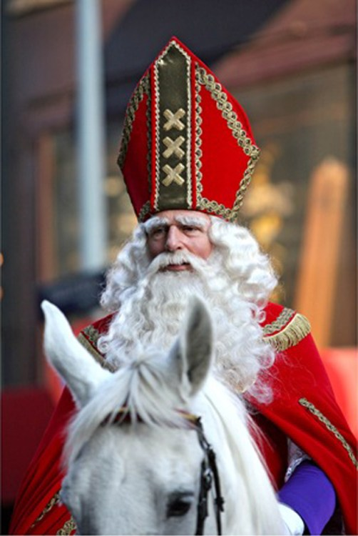 Dutch Saint Nicholas very similar to Slovak Mikuláš