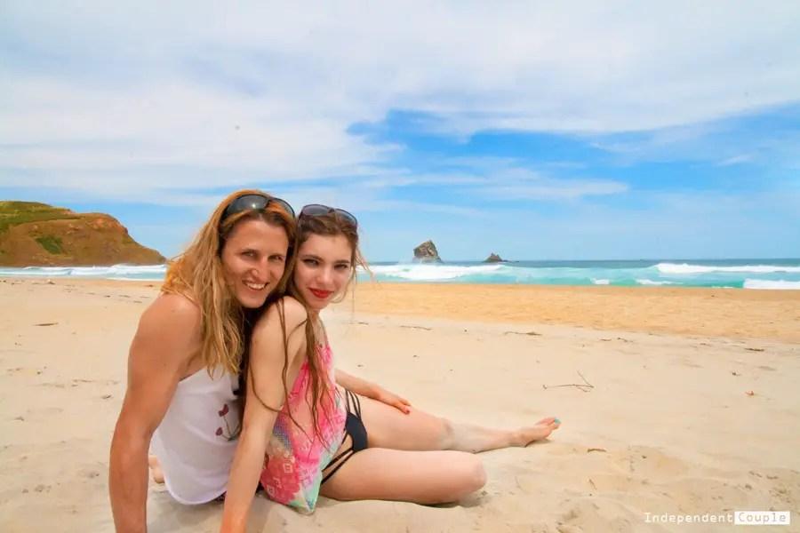 Couple on the beach - Dunedin