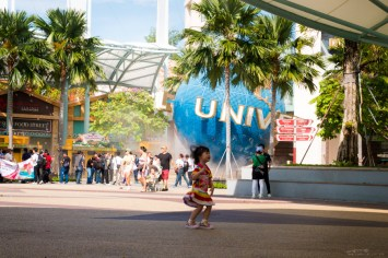 Sentosa Island Singapore, happy kid, dancing child, playing child, universal studios singapore, singapore travel guide, singapore attractions, what to do in singapore with kids