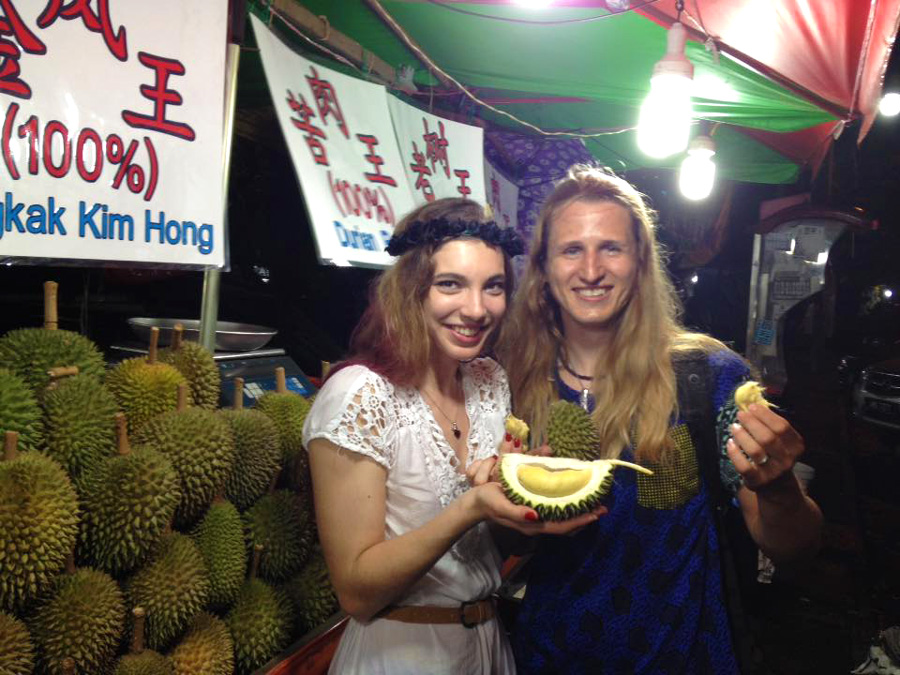 Durian, durian fruit, tasting of durian, food of malaysia, what to eat in Malaysia, food guide Malaysia