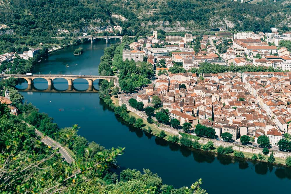 occitanie lot cahors river from above