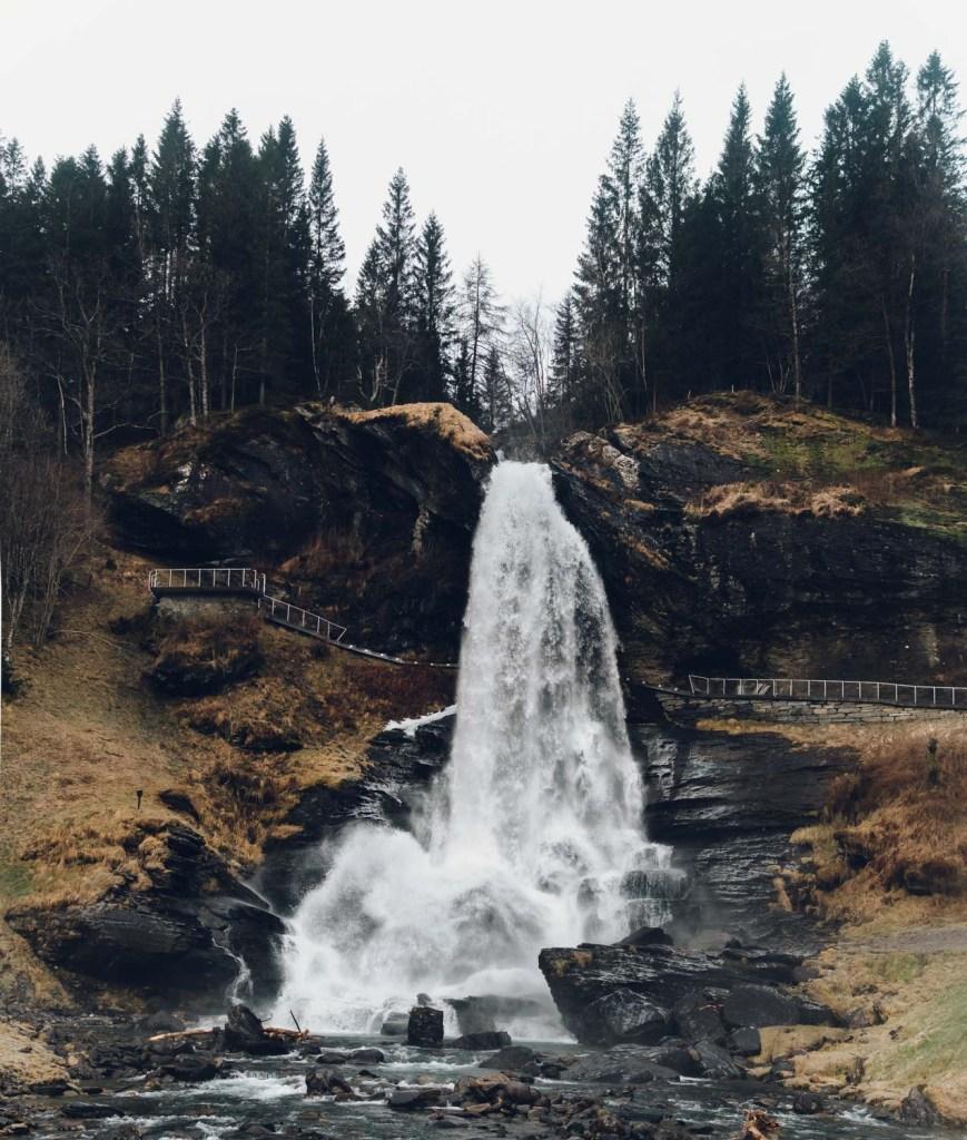 Steinsdalsfossen