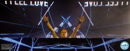Armin-Van-Buuren-2.jpg?fit=800%2C314&ssl=1