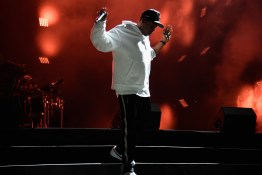PHILADELPHIA, PA - SEPTEMBER 03:  Jay Z performs onstage during the 2017 Budweiser Made in America festival - Day 2 at Benjamin Franklin Parkway on September 3, 2017 in Philadelphia, Pennsylvania.  (Photo by Kevin Mazur/Getty Images for Anheuser-Busch)