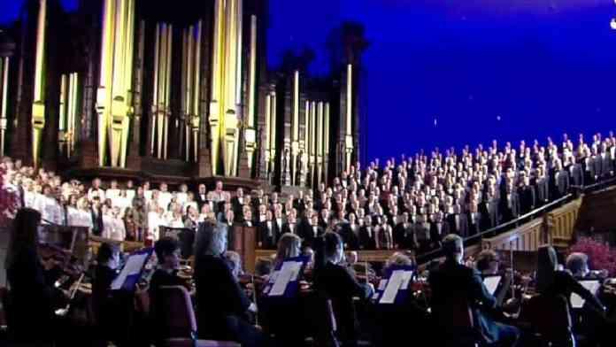 Mormon Tabernacle Choir in performance.