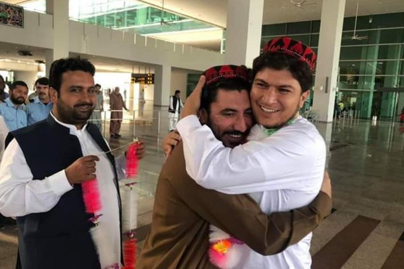 پی ٹی ایم کے سربراہ منظور پشتین کو رہا کر دیا گیا