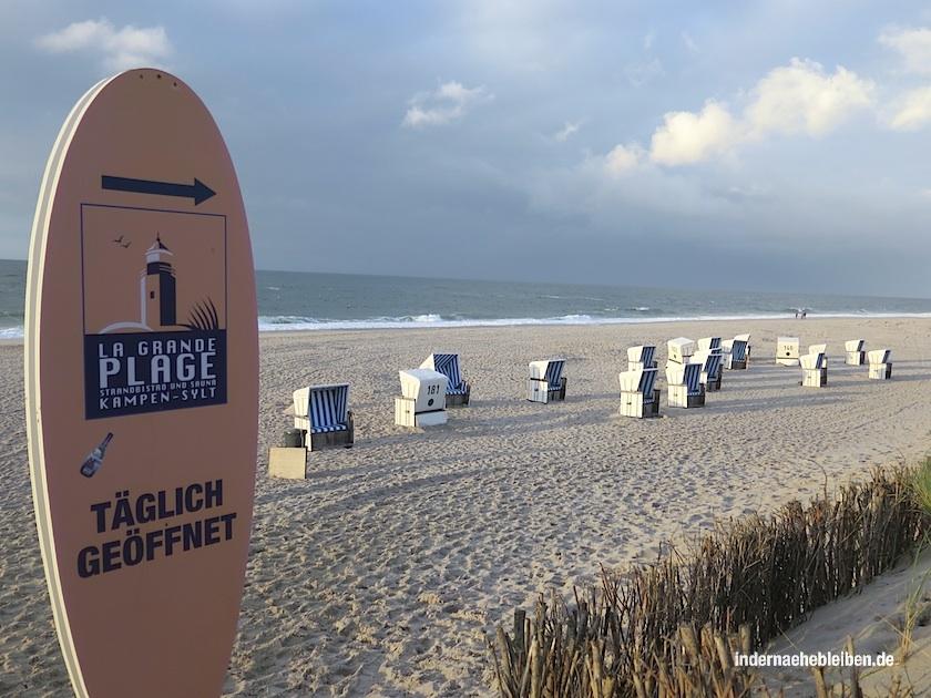 Drinks mit Aussicht: das Grande Plage am Strand vom Kampen
