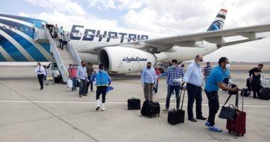 وصول 8 رحلات طيران تقل 1420 عاملا مصريا من العالقين بالكويت