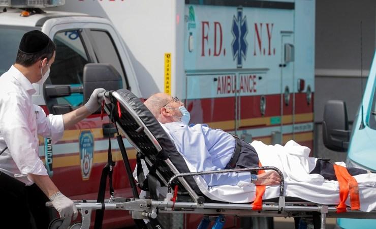 أمريكا تسجل 55 ألفا إصابة بفيروس كورونا ووفاة 952 حالة خلال 24 ساعة