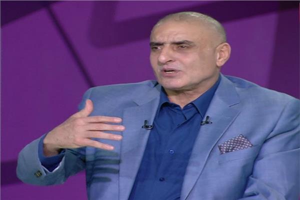 وفاة عزمي مجاهد مدير إدارة المتابعة باتحاد الكرة