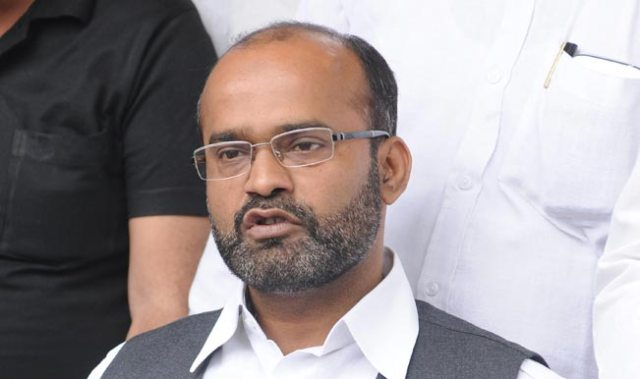 Give proof or apologise: Sabir Ali to Mukhtar Abbas Naqvi   India.com