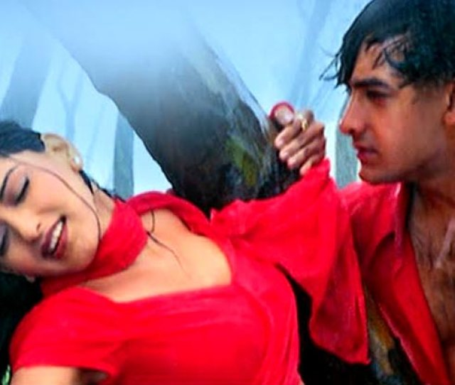 19 Evergreen Hot Bollywood Songs