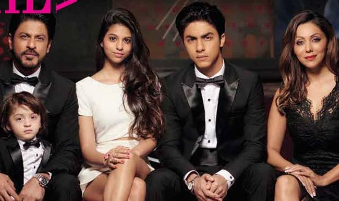 Srk 3d Wallpaper Shah Rukh Khan And Family S First Ever Picture On A