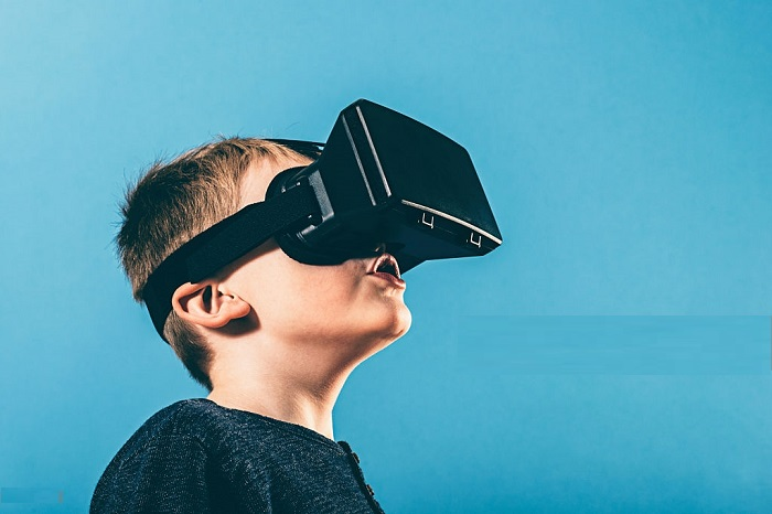 Virtual Reality Might Be The New Pain Relief For Children Undergoing Medical Procedure