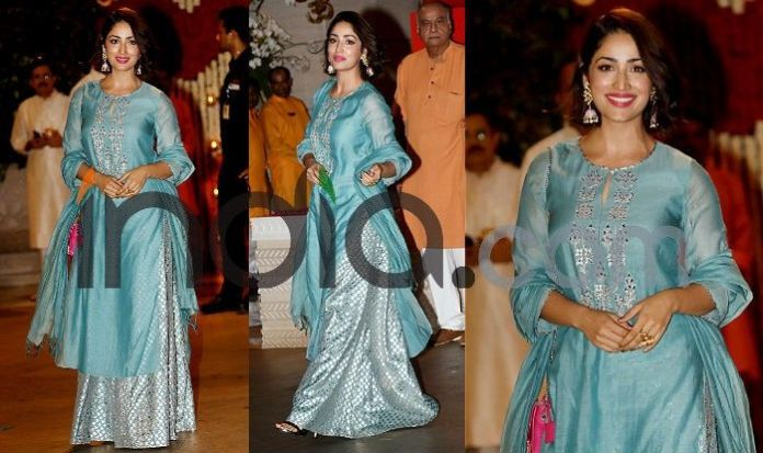 Photo Courtesy: Yogen Shah  Ganesh Chaturthi: Kareena Kapoor, Katrina Kaif, Malaika Arora, Madhuri Dixit And Other Best Dressed Actresses From Event (See Pics) Yami Gautam at ganesh Chaturthi celebration