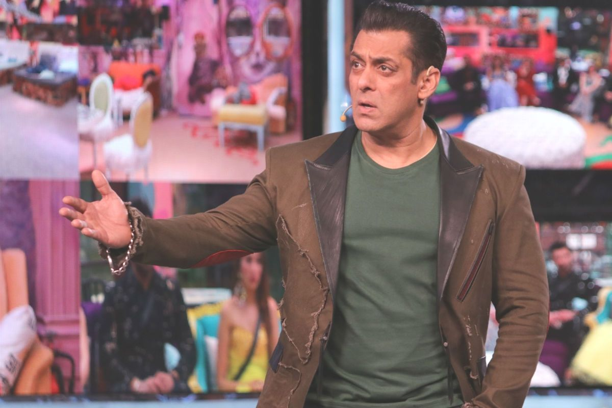 Bigg Boss 14 Latest News: 13 Celebrities, 3 Commoners to Enter The House; Jungle Theme For Salman Khan's Show This Year 97