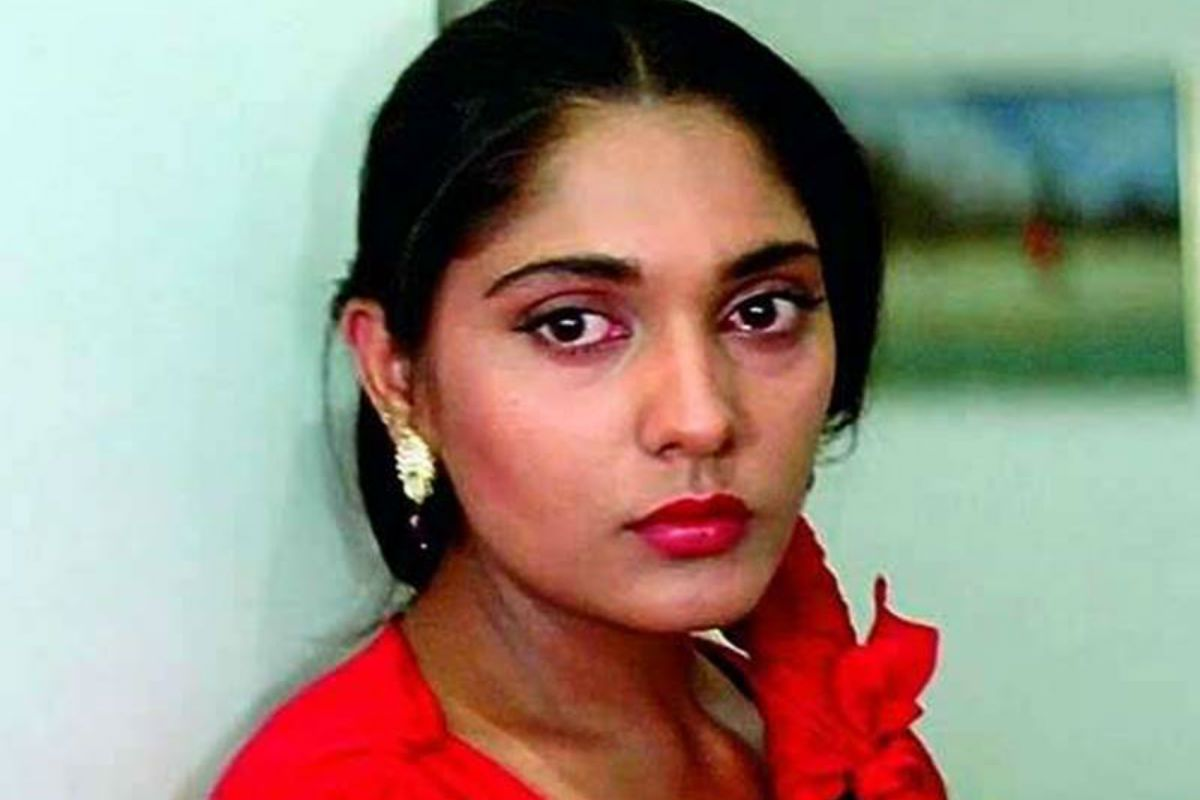 Aashiqui Actor Anu Aggarwal Reveals Casting Couch Incident, Says 'Director Came With Whiskey to my House' 6