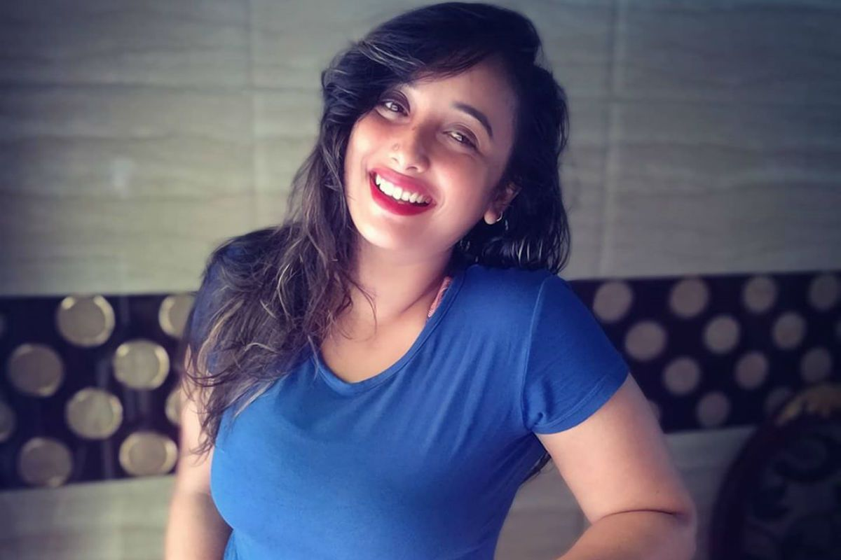 Bhojpuri Actor Rani Chatterjee Wants to Commit Suicide Due to Man Named Dhananjay, Writes to Mumbai Police 70