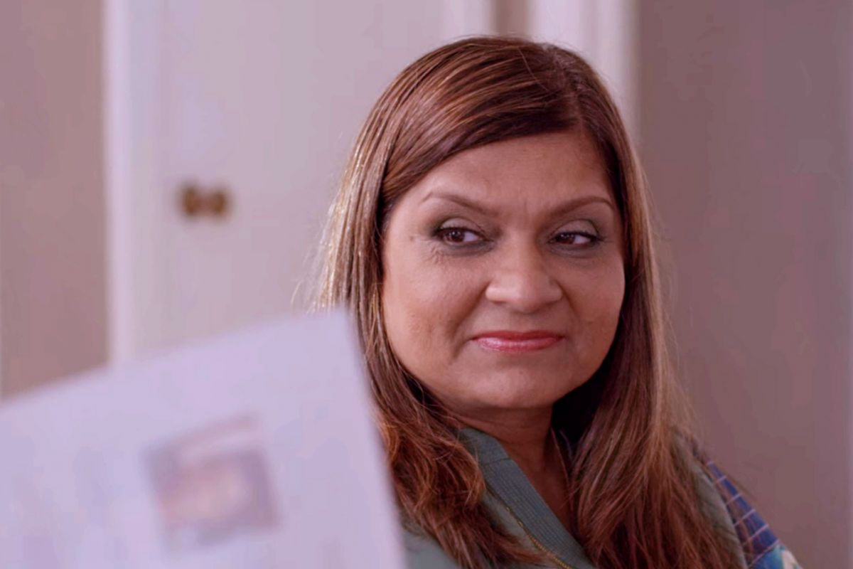 Sima Taparia From Mumbai Finally Responds to Viral Memes Made on Her And Netflix Show Indian Matchmaking