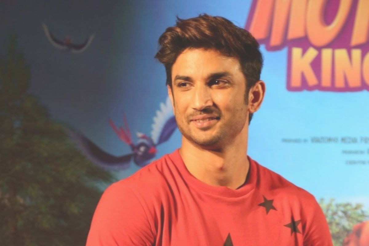 Sushant Singh Rajput Death Case: Ahead of Rhea Chakraborty's Plea Hearing, Two PILs For CBI Probe Filed In SC