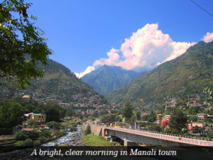A bright clear morning in Manali town