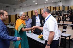 Jayanthi Sivaswamy - Dean Research of IIIT Hyderabad meets Thierry at Developers tutorial in IIIT Hyderabad