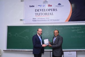 Sachin Chaudhari presents a memento to Prof Samir at Developers tutorial in IIIT Hyderabad
