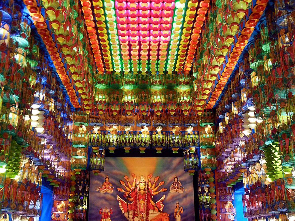 Colors of Durga Puja in Kolkata  Hatibagan  India Travel Forum  IndiaMikecom