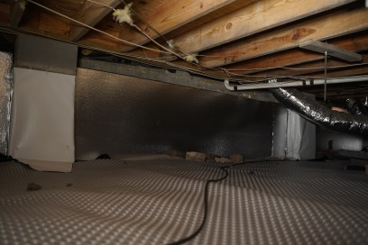 sealed and encapsulated crawl space