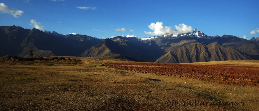 High in the Andean altiplano, surrounded by snow-capped peaks.......what aplace to ride!