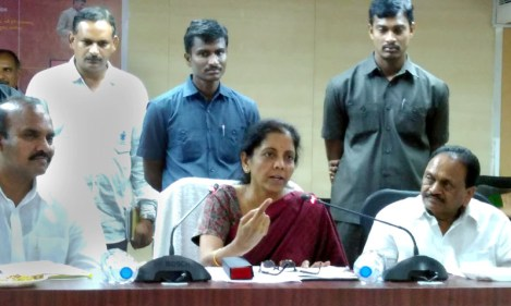 The Minister of State for Commerce & Industry (Independent Charge), Smt. Nirmala Sitharaman addressing an interaction meeting with oil-palm farmers of state regarding provision of production incentives to oil-palm farmers, in Vijayawada, Andhra Pradesh on October 16, 2015.