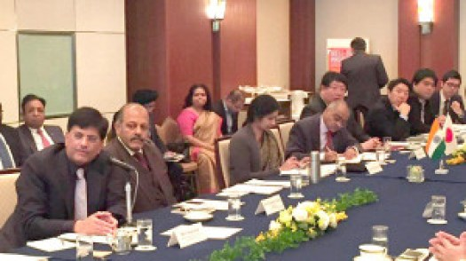 The Minister of State (Independent Charge) for Power, Coal and New and Renewable Energy, Shri Piyush Goyal attending the round table conference on Super Efficient Appliances & LEDs, in Tokyo, Japan on January 13, 2016. The Ambassador of India to Japan, Shri Sujan R. Chinoy is also seen.