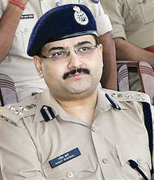 Ramit Sharma IPS-indianbureaucracy