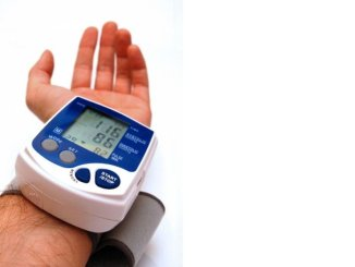 High blood pressure poses heart/stroke event risk for people under age 40