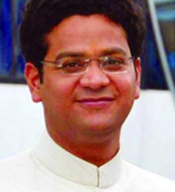 Swarochisha Somavanshi IAS MP