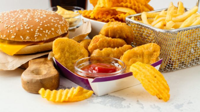 Fast food availability linked with more heart attacks