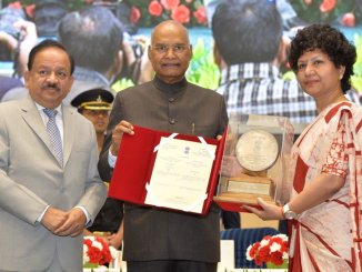 President gives away Awards to 21 Winners on National Science day