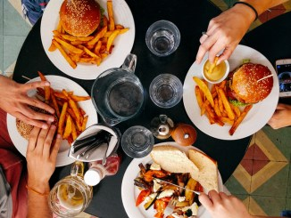 Western diet rich in fat and sugar linked to skin inflammation