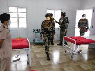 General MM Naravane, Chief of Army Staff visited various field formations in Eastern India from 04 to 05 May which included Sukna, Binnaguri and Panagarh