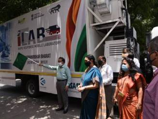 Harsh Vardhan Launches DBT – AMTZ Mobile Diagnostic Unit