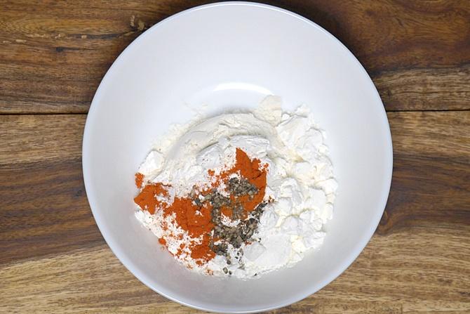 mixing flours to make gobi manchurian