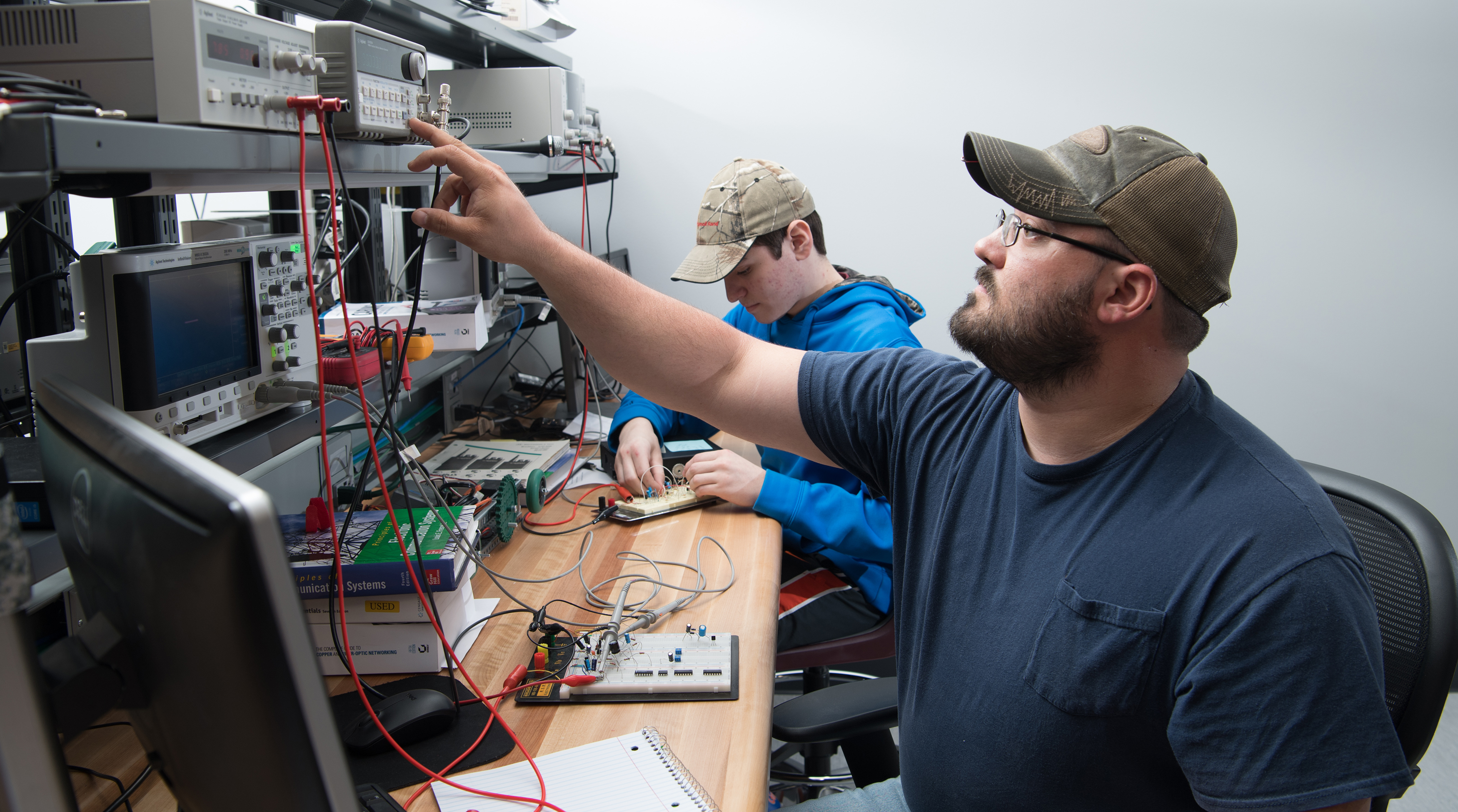 Indian Hills Community College  Electronic Engineering Technology
