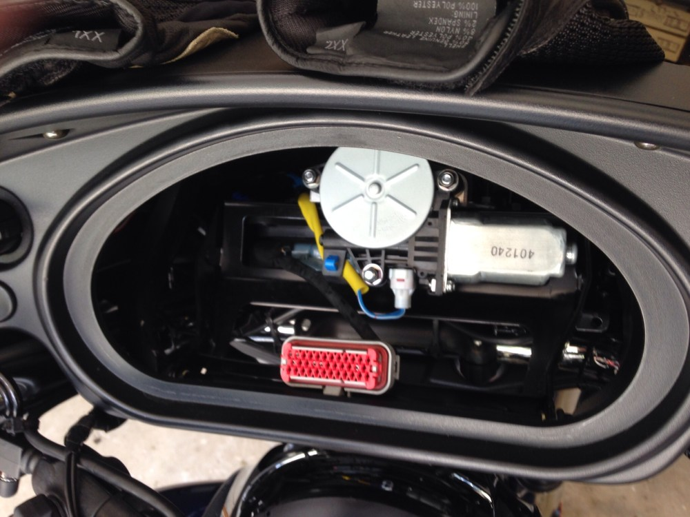 medium resolution of mounting and wiring your zumo 660 to your chieftain indian on garmin