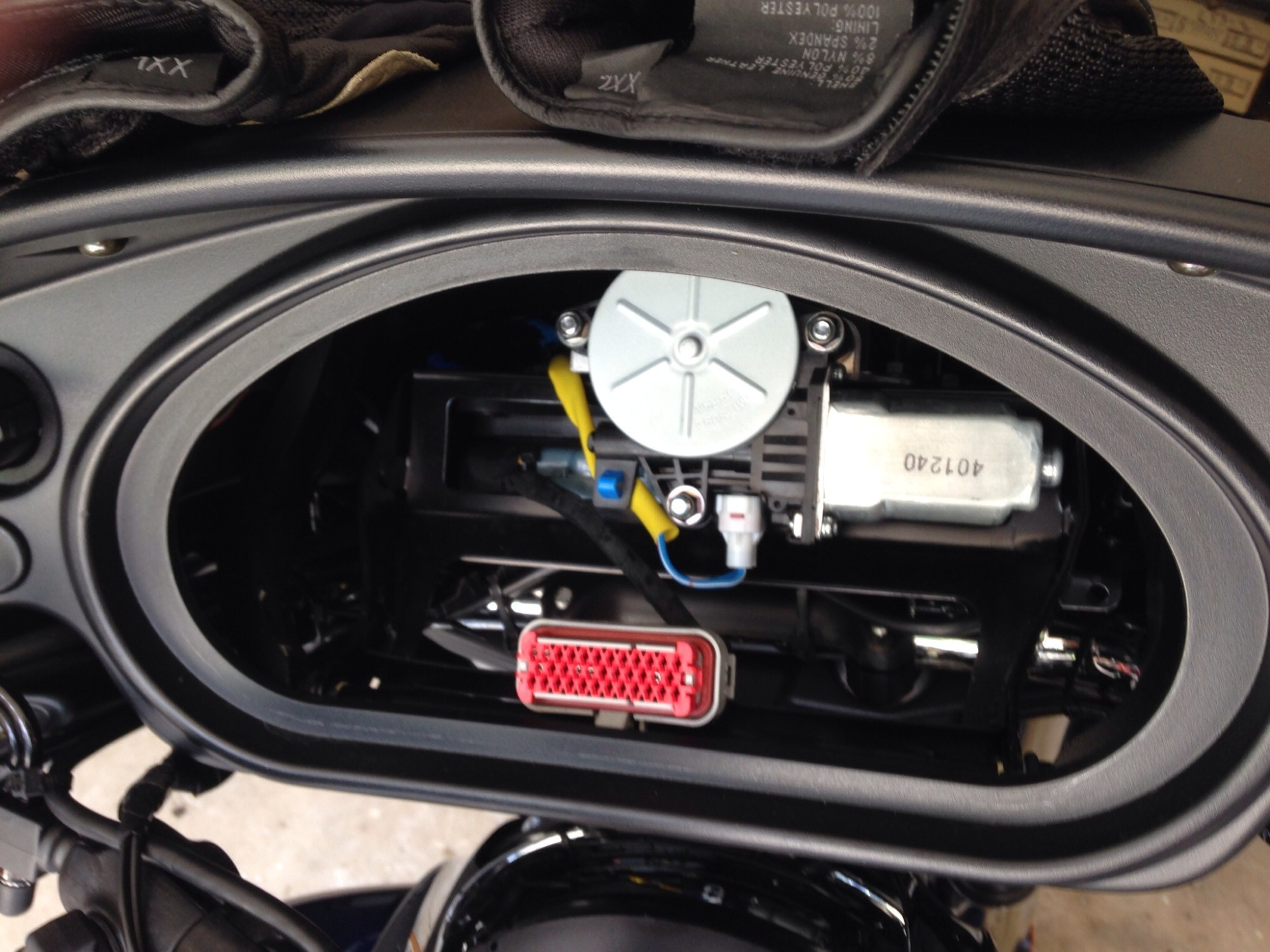 hight resolution of mounting and wiring your zumo 660 to your chieftain indian on garmin