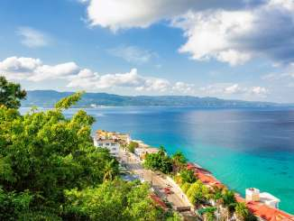 CDC adds two popular island vacation spots to its travel risk list