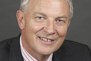 Phil Goff becomes a Companion