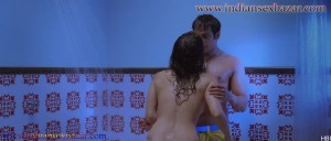 Sunny Leone topless Kissing shower scene Ragini MMS 2 sunny sex photos 6