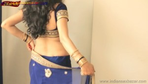 Indian Desi Housewife hot stripping Blue Saree Full Nude Full HD Porn Sexy Navel Gand Choot boobs00021