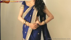 Indian Desi Housewife hot stripping Blue Saree Full Nude Full HD Porn Sexy Navel Gand Choot boobs00028