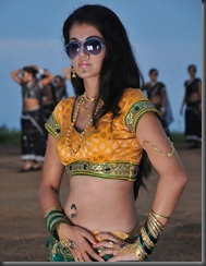Tapasee Pannu Scorching Gripping Pics